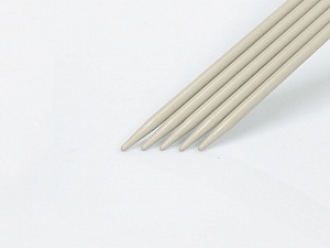 5.5 mm (US 9) A set of 5 double-point knitting needles. Brand ICE, acs-1070