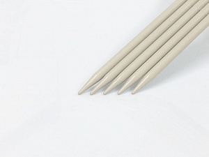9 mm (US 13) A set of 5 double-point knitting needles. Brand ICE, acs-1074