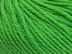 SUPERWASH WOOL BULKY is a bulky weight 100% superwash wool yarn. Perfect stitch definition, and a soft-but-sturdy finished fabric. Projects knit and crocheted in SUPERWASH WOOL BULKY are machine washable! Lay flat to dry. Fiber Content 100% Superwash Wool, Brand ICE, Green, Yarn Thickness 5 Bulky  Chunky, Craft, Rug, fnt2-42837